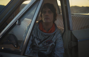 'And Nothing Hurt' de Spiritualized