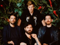 Foals regresa con Everything