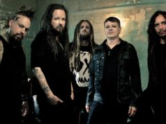Korn regresa